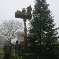 Weihnachtsbaum aufstellen in Kaaks